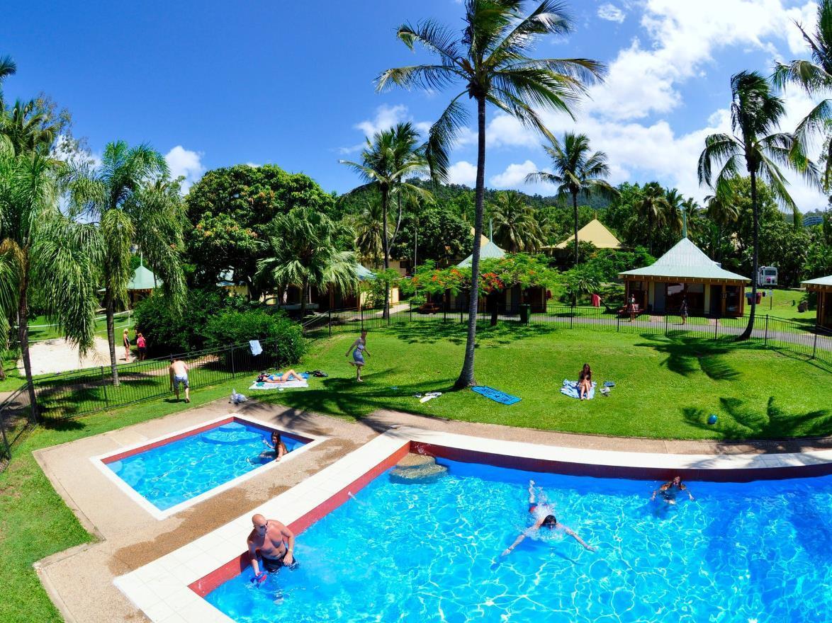 Nomads Airlie Beach Hotel - Hotell och Boende i Australien , Whitsundays