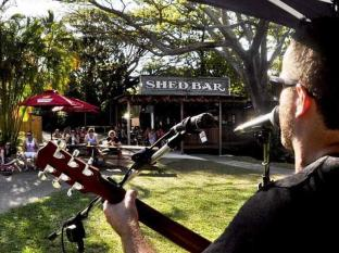 Nomads Airlie Beach Hotel Whitsunday Islands - Sunday Live Music