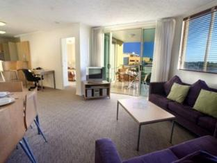Caloundra Central Apartment Hotel - Room type photo