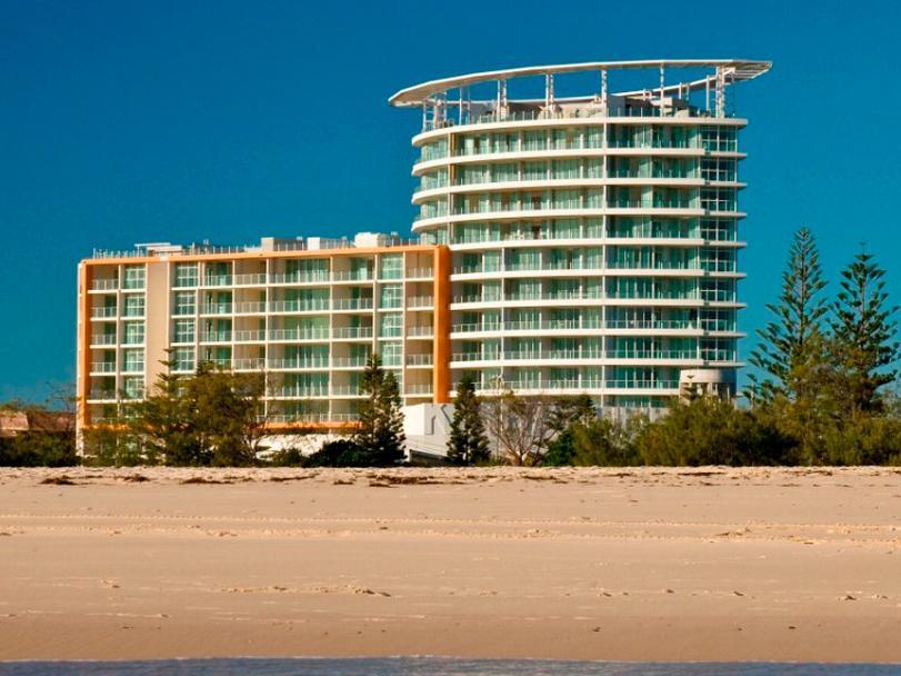 Hotell Kirra Surf Apartments