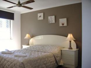 Comfort Inn & Suites Mari Court