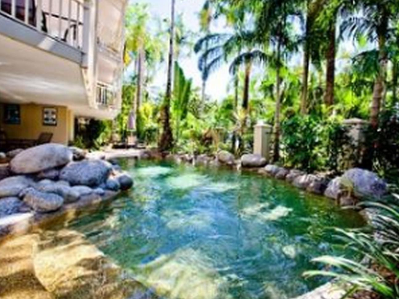 Latitude 16 Driftwood Mantaray Apartments - Hotell och Boende i Australien , Port Douglas