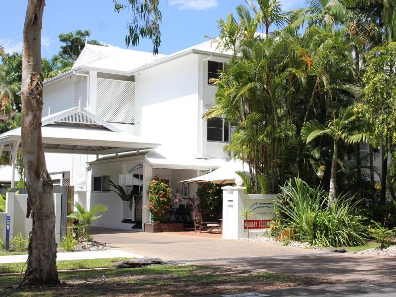 Coral Apartments Latitude 16 - Hotell och Boende i Australien , Port Douglas