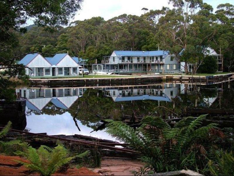 Risby Cove Hotel - Hotell och Boende i Australien , Strahan