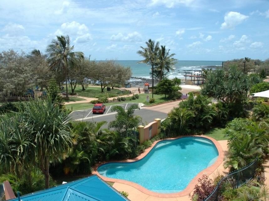 Kacys Bargara Beach Motel - Hotell och Boende i Australien , Bundaberg