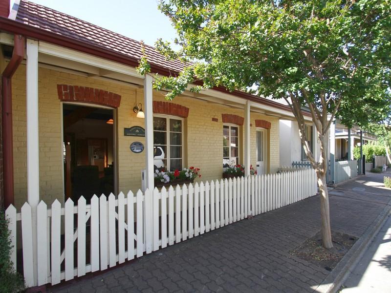 Adelaide Heritage Cottages & Apartments - Hotell och Boende i Australien , Adelaide