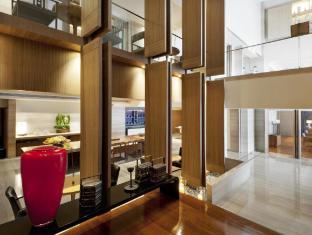 Les Suites Orient Bund Shanghai Shanghai - Cafe DongXi entrance