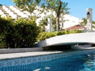 Grand Coloane Resort Macao - Pool
