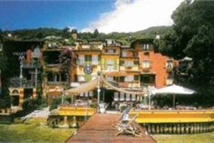 Hotel Baia D Oro