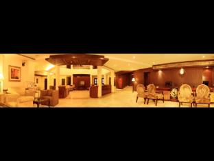Hotel Clark Greens - Airport Hotel & Spa Resorts New Delhi and NCR - Lobby