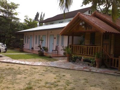 Natcha Guest House - Hotels and Accommodation in Thailand, Asia