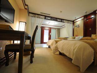 Lijiang Pariday Sun Holiday Hotel