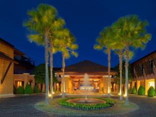 Radisson Blu Plaza Resort Phuket Panwa Beach Phuket - Entrance