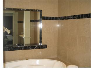 Gallery Apartments - Room type photo