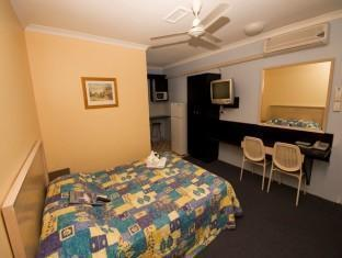 Hervey Bay Motel - Room type photo