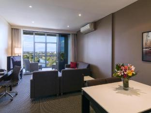 Meriton Serviced Apartments Parramatta Sydney - 2 Bedroom City View