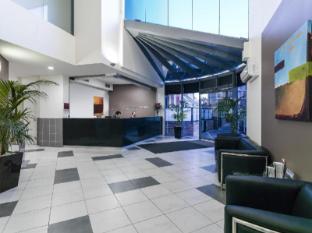 Meriton Serviced Apartments Parramatta Sydney - Parramatta Lobby