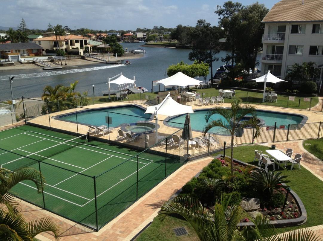 Pelican Cove Apartments