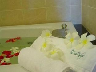 SeaRidge Resort Hua Hin / Cha-am - Bathroom