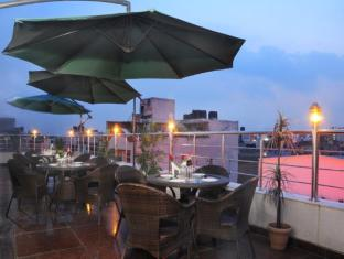 Hotel Krishna New Delhi and NCR - Food, drink and entertainment