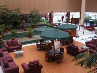 โรงแรมคาซากรานเดแอโรปูเอโตแอนด์เซนโทร เด เนโกรซิส กวาดาลาฮารา - ภายในโรงแรม