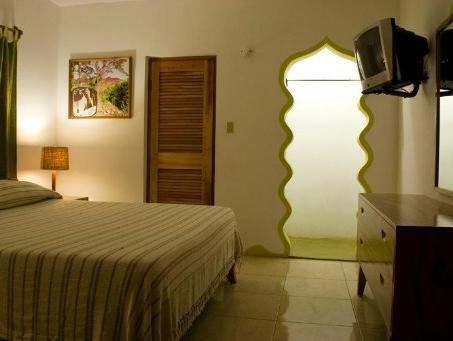 Sunrise Club Hotel - Hotels and Accommodation in Jamaica, Central America And Caribbean