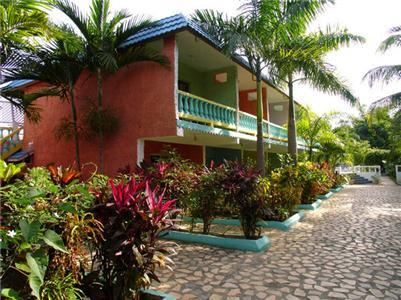 Legends Beach Resort - Hotels and Accommodation in Jamaica, Central America And Caribbean