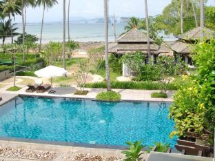 Niramaya Villa & Wellness Resort Phuket - Piscina