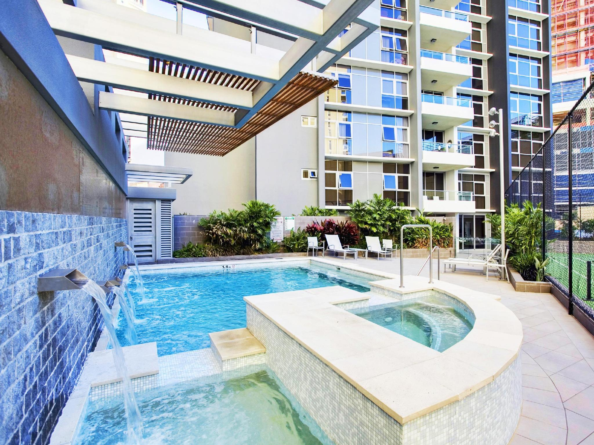 Mint Brisbane Hotel - Hotell och Boende i Australien , Brisbane
