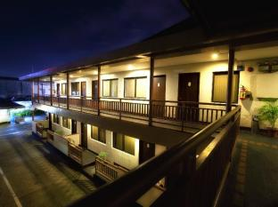 Beverly Boutique Business Hotel סבו - בית המלון מבחוץ