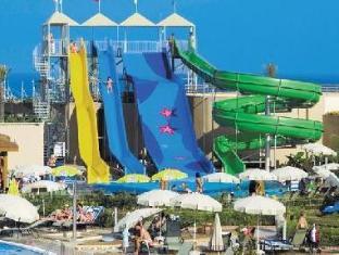 Fame Residence Lara & Spa Antalya - Swimming Pool