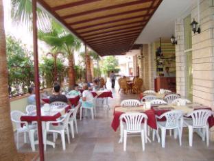 Room photo 12 from hotel Tuvanna Garden