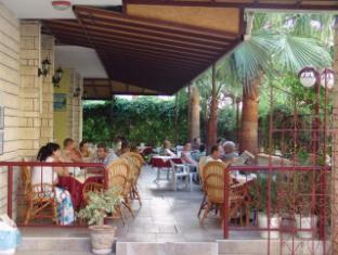Room photo 11 from hotel Tuvanna Garden