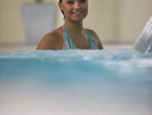 Maldron Hotel Tallaght Dublin - Swimming Pool