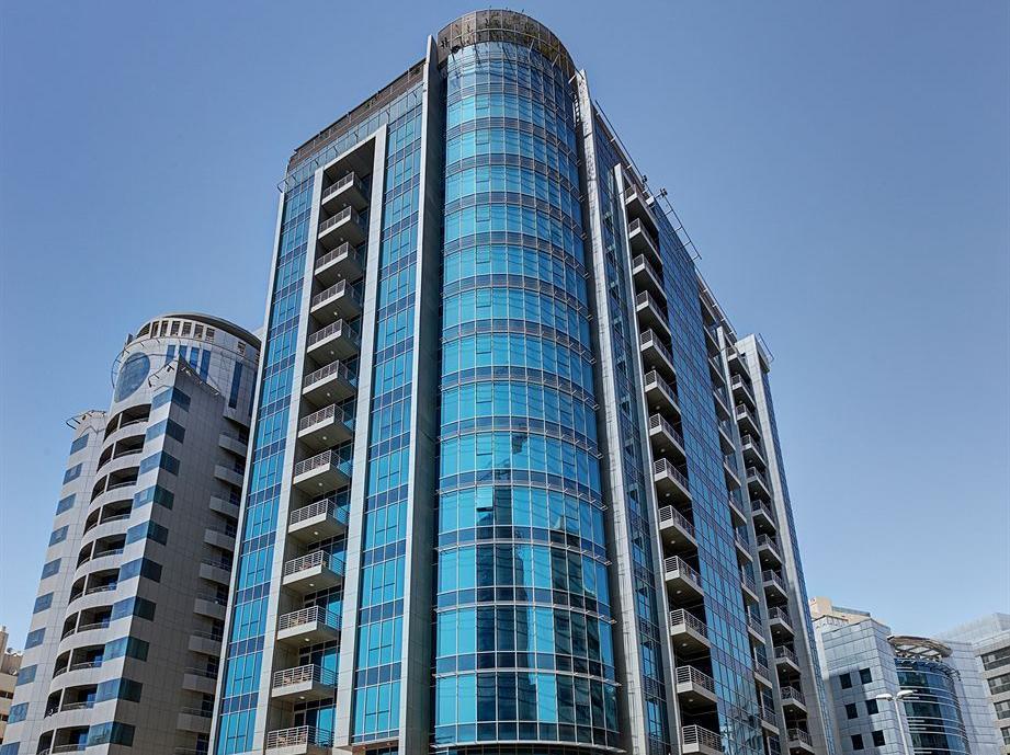 아디도스 호텔 아파트먼트 알 바르샤