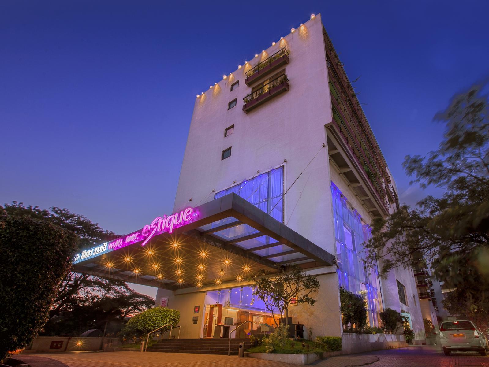 Hotel Parc Estique - Hotell och Boende i Indien i Pune