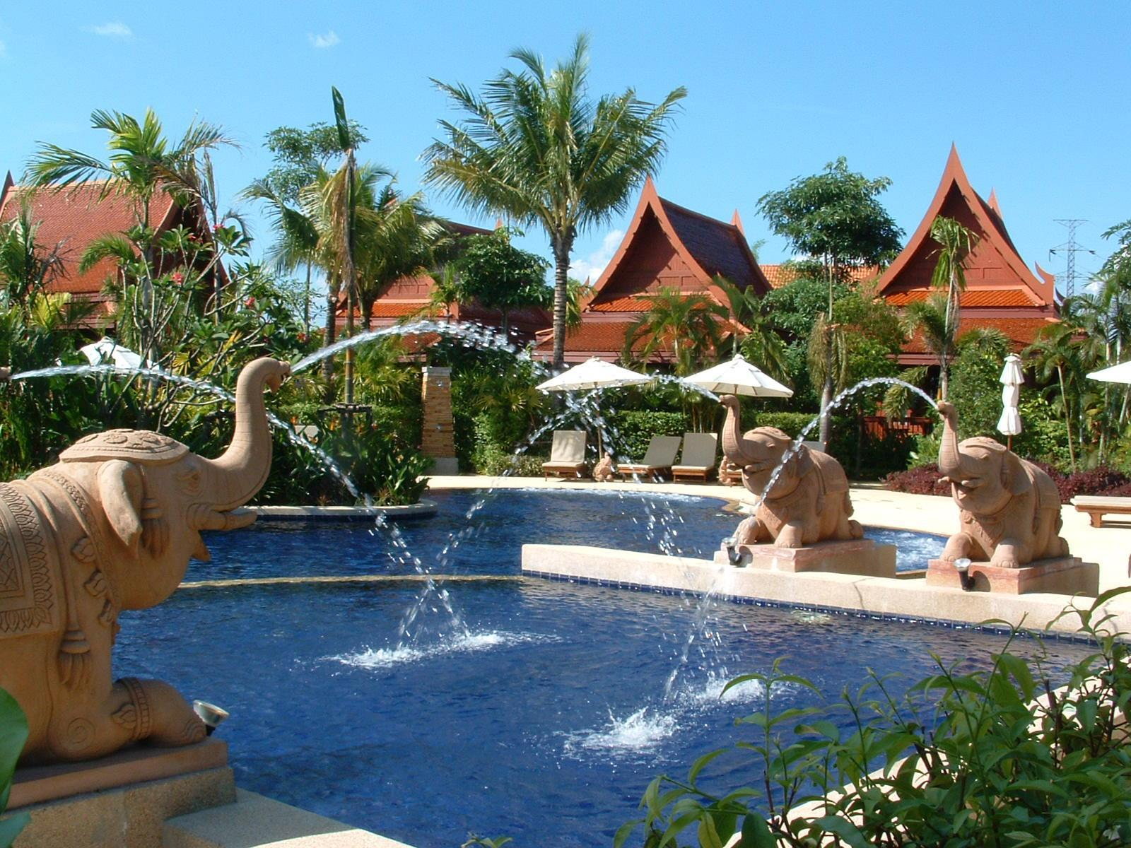 At Panta Hotel Phuket Phuket - Swimming pool