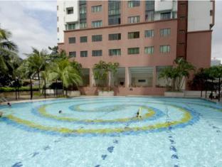 Bistari Serviced Apartment Suites Kuala Lumpur - Swimming Pool