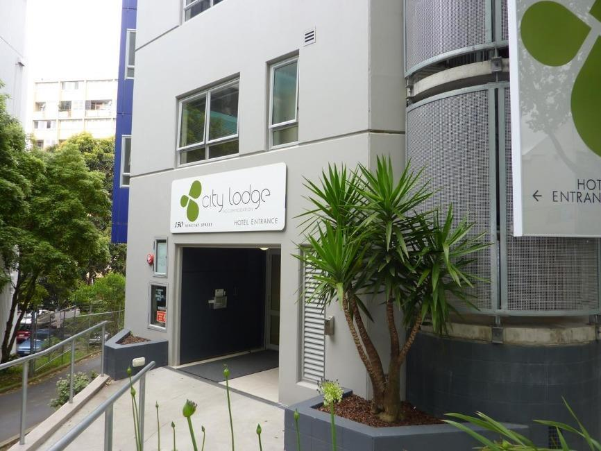 City Lodge Backpackers Auckland - Hotel z zewnątrz