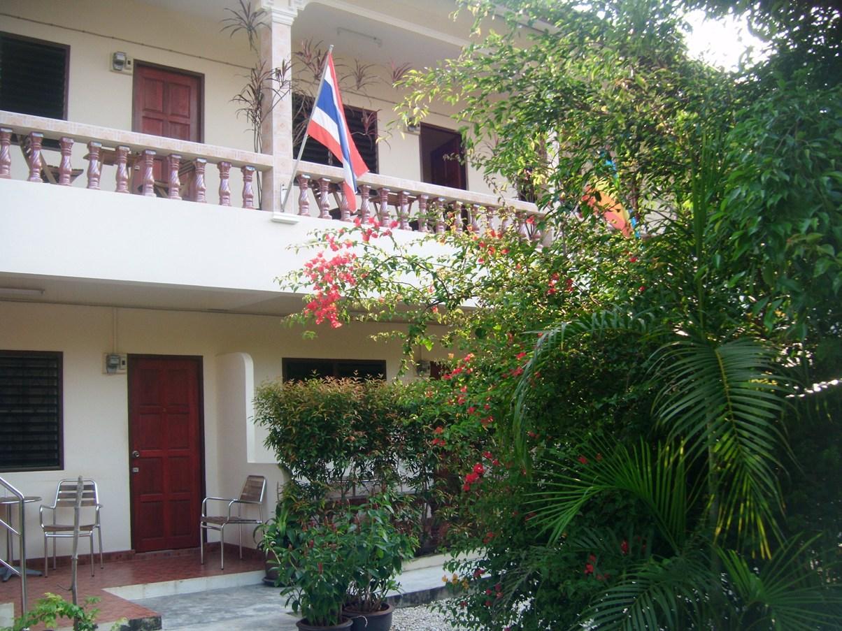 Hotell Hotel Puerta del Sol Phuket i , Phuket. Klicka för att läsa mer och skicka bokningsförfrågan