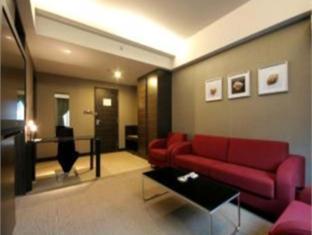Dalian Inn at Bay Harbor - Room type photo