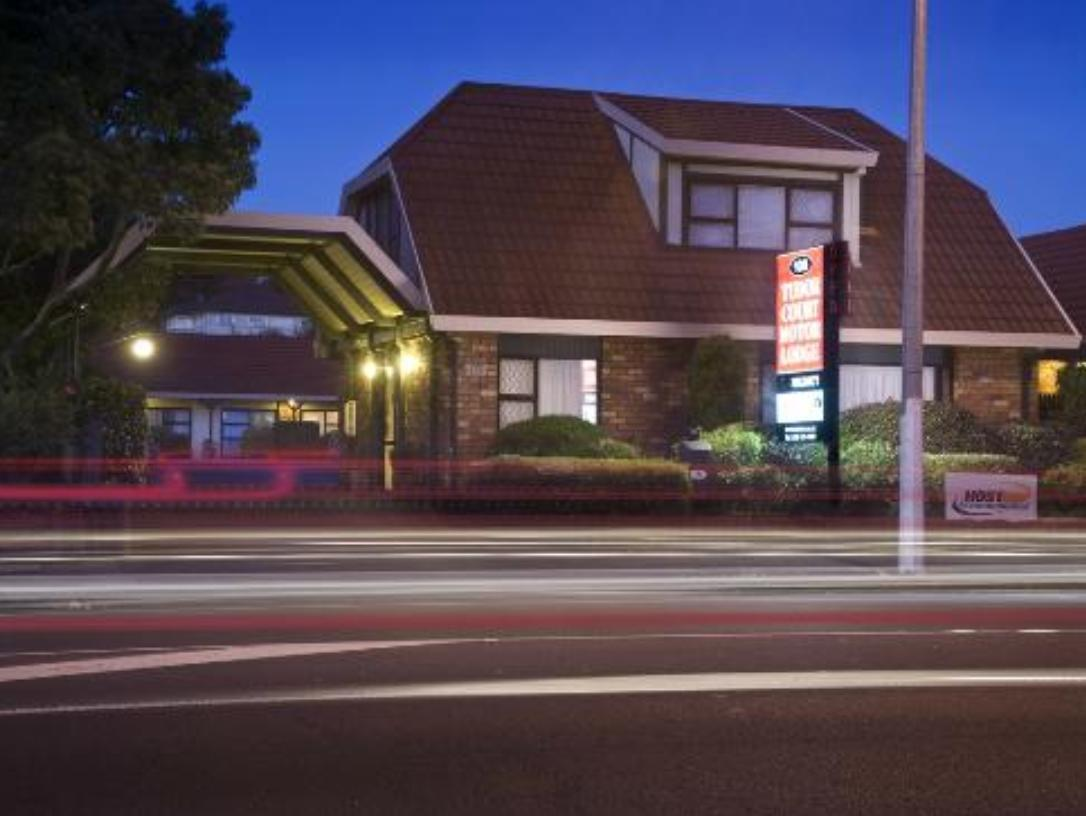 Tudor Court Motor Lodge Hotel - Hotels and Accommodation in New Zealand, Pacific Ocean And Australia