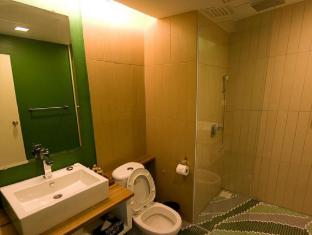 Batik Boutique Hotel Kuching - Deluxe Suite - Bathroom