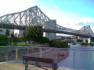 Paramount Motel Brisbane Brisbane - Story Bridge