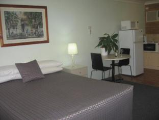Paramount Motel Brisbane Brisbane - Queen Suite