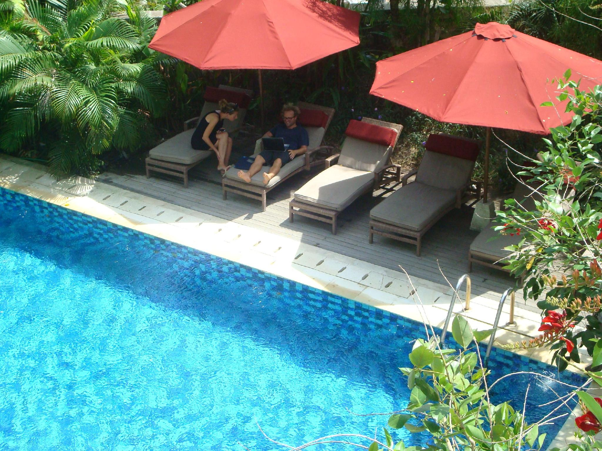 Pondok Sari Hotel Bali - Swimming Pool