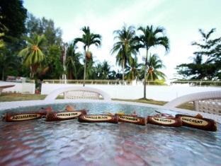 Chymes Hotel Penang - Exterior