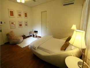 Chymes Hotel - Room type photo