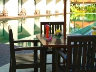 Piraya Resort & Spa Phuket - Basen