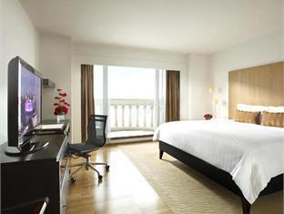 Tower Club Cityview Suite Hot Deal (No Lounge Access)